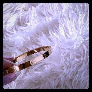 Jewelry - 18k gold bracelet/bangle